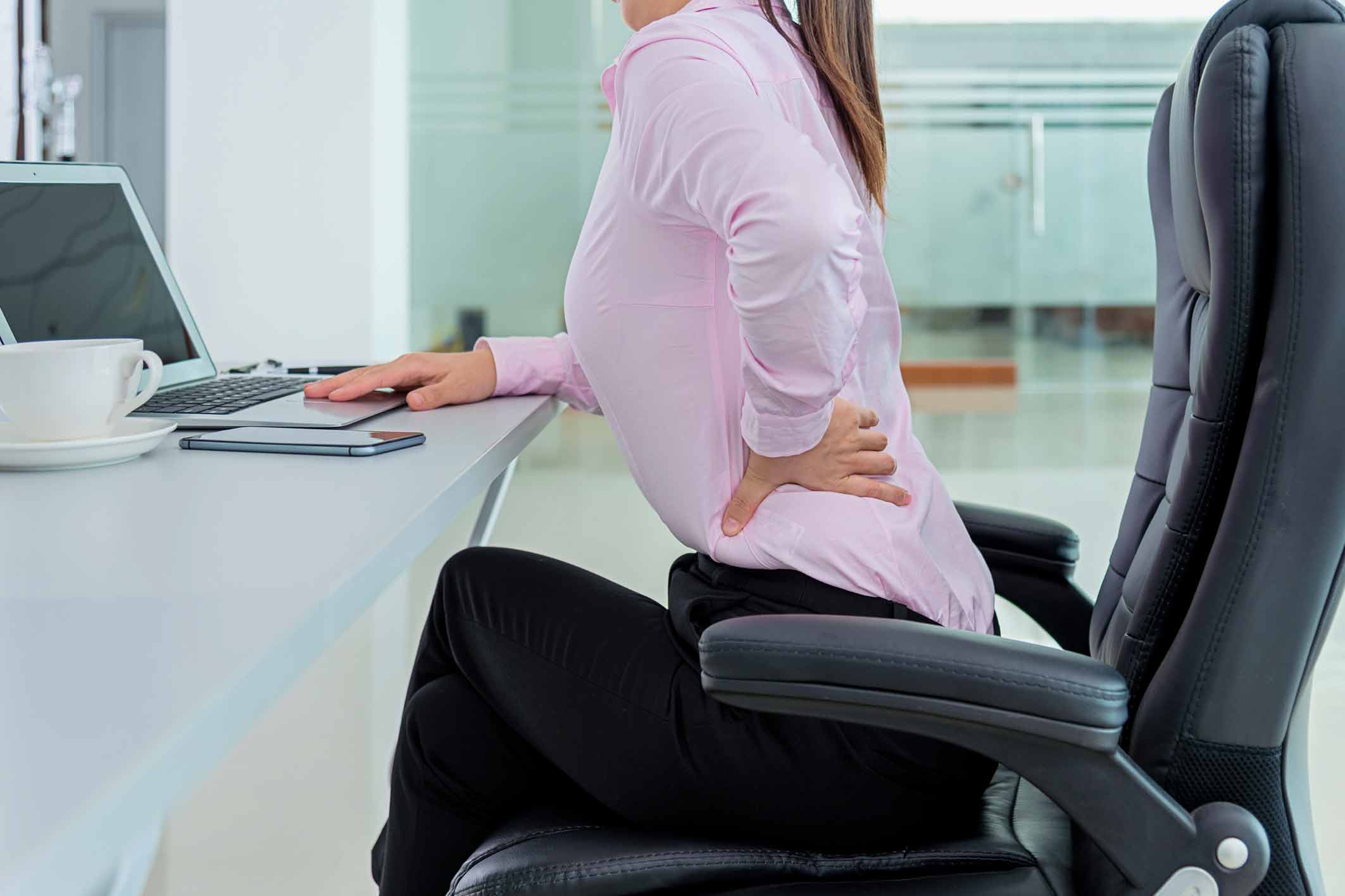 proper-ergonomics-for-managing-pain-symptoms